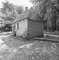 Exterieur overzicht achtergevel en rechter zijgevel van de dorpsschool te Lhee, gebouwd in 1750 - Arnhem - 20321702 - RCE.jpg