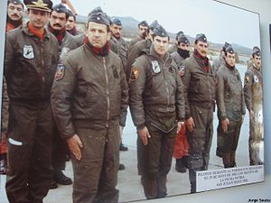 Argentine air forces in the Falklands War - Argentine Air Force Pilots in San Julian Airbase in the formation conmemorating Argentina National Day on 25 May 1982. Notice Dagger (blue/red badges) and A-4C Skyhawk (brown/black) pilots.