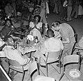 Feest in Paramaribo, Bestanddeelnr 252-2558.jpg