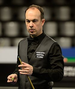 Fergal O'Brien at Snooker German Masters (DerHexer) 2015-02-04 05.jpg