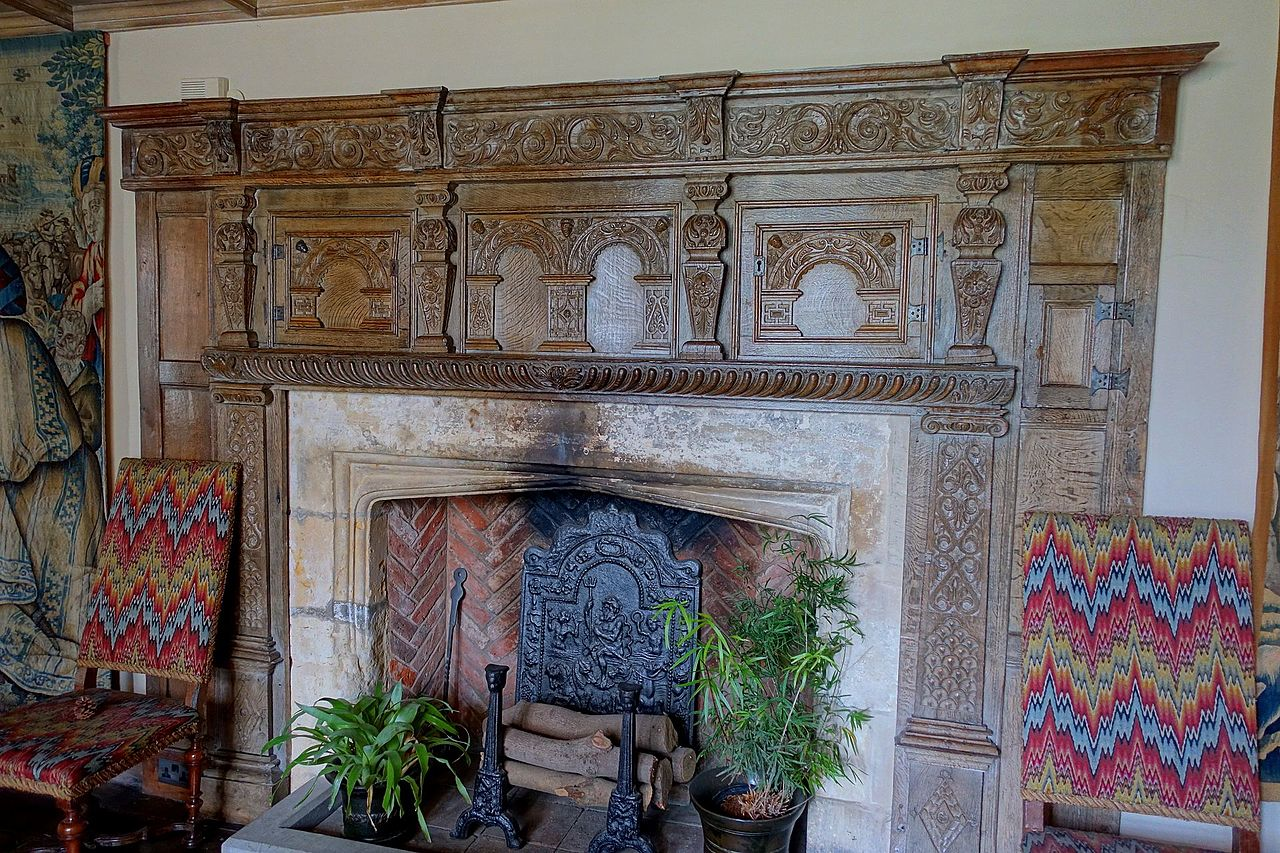 file fireplace long gallery packwood house warwickshire