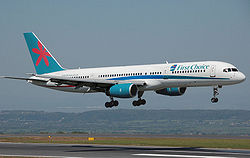 Eine Boeing 757-200 der First Choice Airways