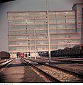 Fotothek df n-30 0000439 Bauglas Schachtbetrieb Bernburg.jpg