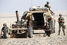 Opération Daguet 220px-French_MO-120-RT-61_and_V%C3%A9hicule_de_Tracte_Mortier_120_during_Operation_Desert_Shield