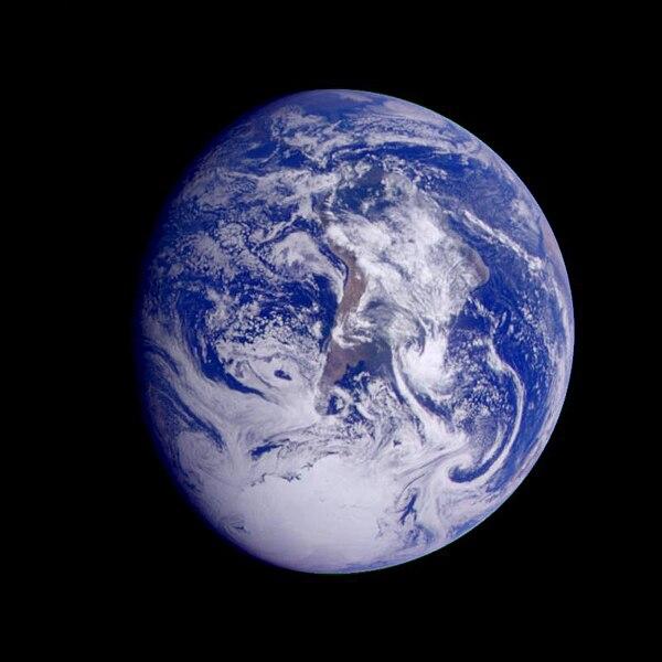 File:Galileo Earth - PIA00114.jpg