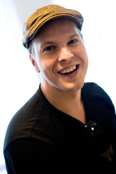 Picture of a band or musician: Gavin Degraw