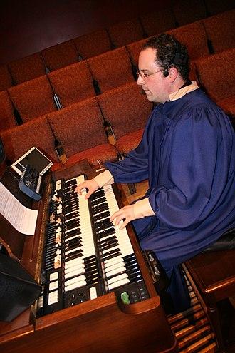 Suzuki Musical Instrument Corporation - Hammond XB3