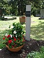 Grab von Roland Ostertag auf dem Pragfriedhof.jpg