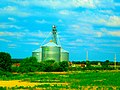 Grain Elevator near Oregon - panoramio.jpg