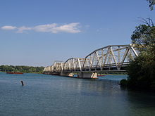 Grosse Ile Toll Bridge in 2006.jpg