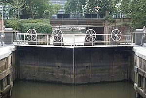 Grosvenor Canal - The view from the entrance lock towards the River Thames