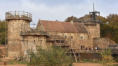 Guédelon Castle - Wikipedia