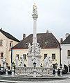 GuentherZ 2011-02-19 0054 Perchtoldsdorf Marktplatz Dreifaltigkeitssaeule.jpg