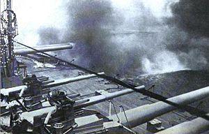 H.M.S. Dreadnought broadside.jpg