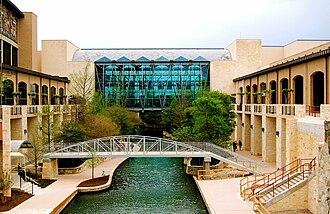 Kell Muñoz Architects - The Henry B. Gonzalez Convention Center