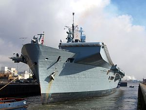 HMS Illustrious (R06) at Port of Amsterdam, 02Mar2009 p1.JPG