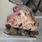 Haematit faserig - Mineralogisches Museum Bonn (7272).jpg