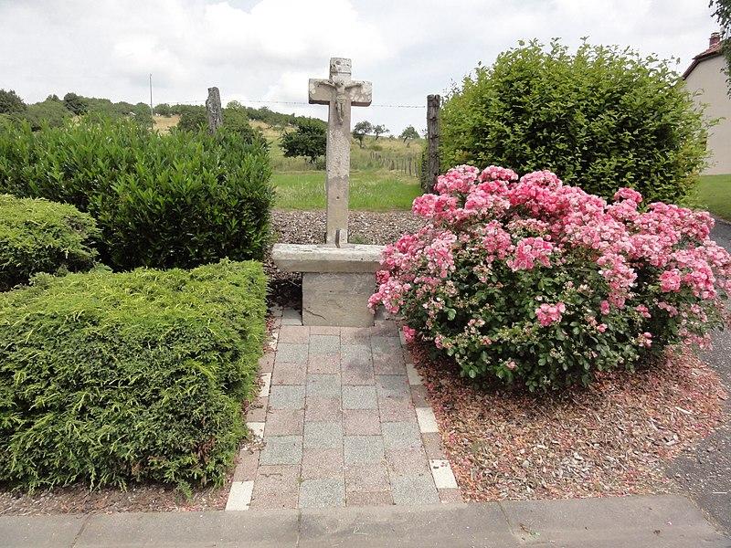 Haigneville (M-et-M) croix de chemin