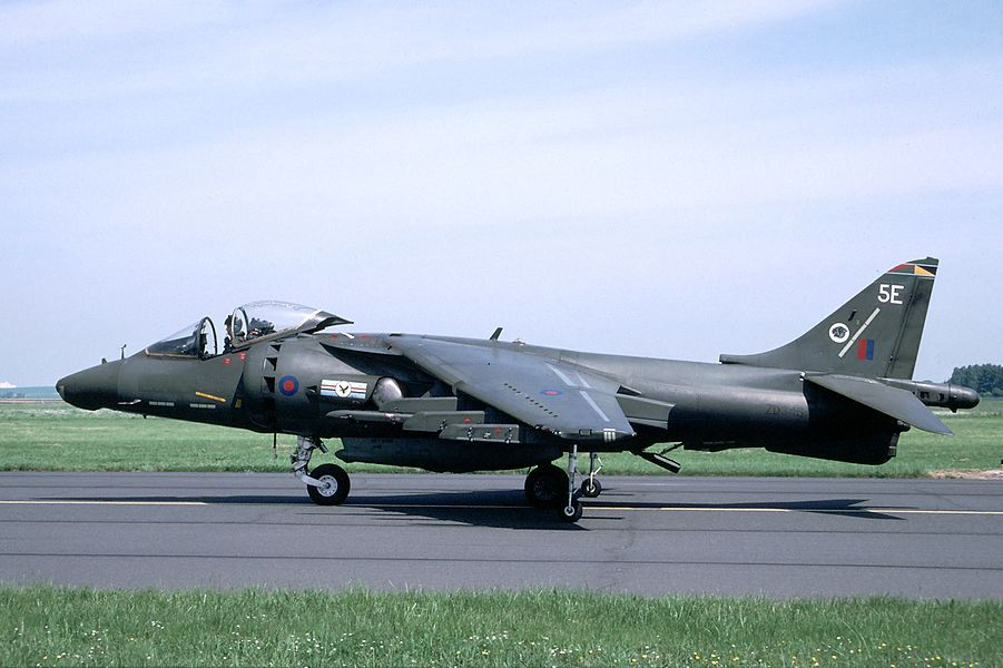 ZD346 of 20 Squadron at Cambrai on 23 May 1993.
