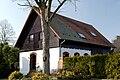 Haus Am Schoenenkamp 126a in Duesseldorf-Hassels, von Osten.jpg