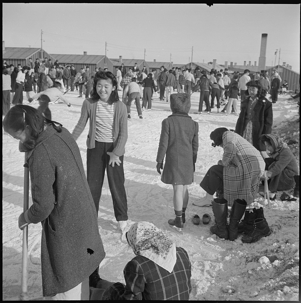 Heart Mountain Relocation Center, Heart Mountain, Wyoming. Residents of Japanese ancestry, at the H . . . - NARA - 539235