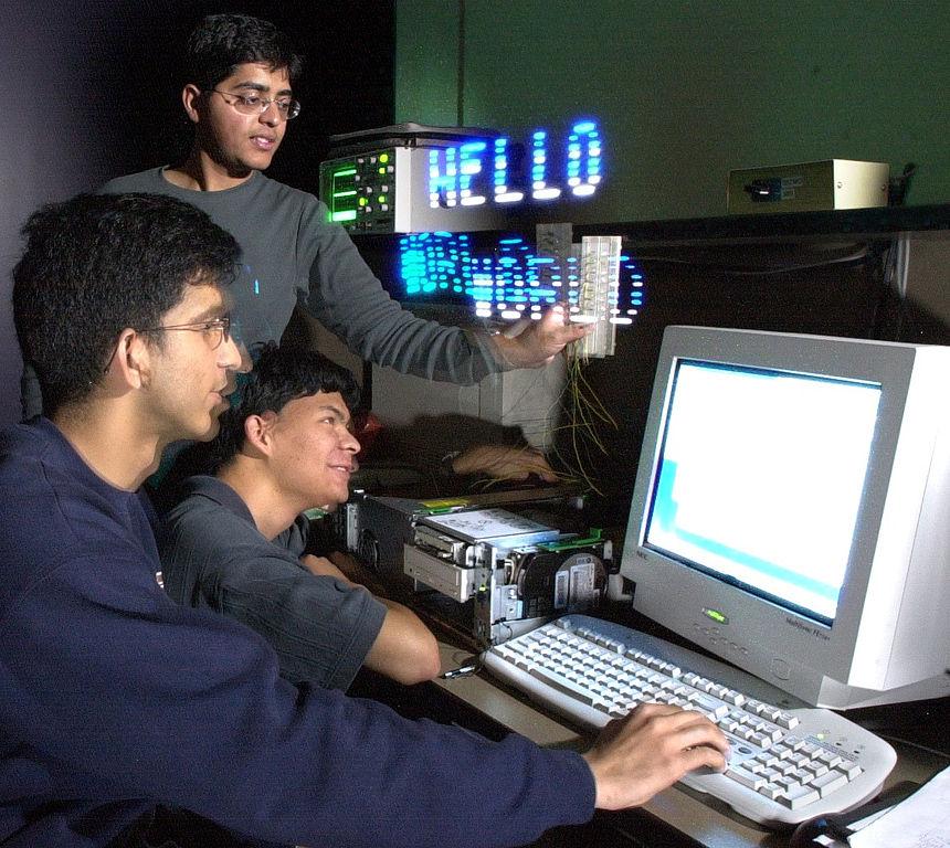 Hello World: File:HelloWorld Maktivism ComputerProgramming LEDs.jpg
