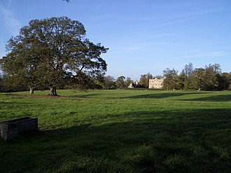 Hinwick House - Hinwick House and parkland