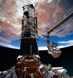 STS-61 the first Hubble Space Telescope servicing mission