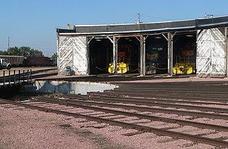 Beadle County, South Dakota - Image: Huron, SD, Chicago Northwestern roundhouse, turntable 2