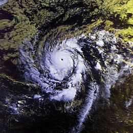 Hurricane Emilia 19 july 1994 1656Z.jpg