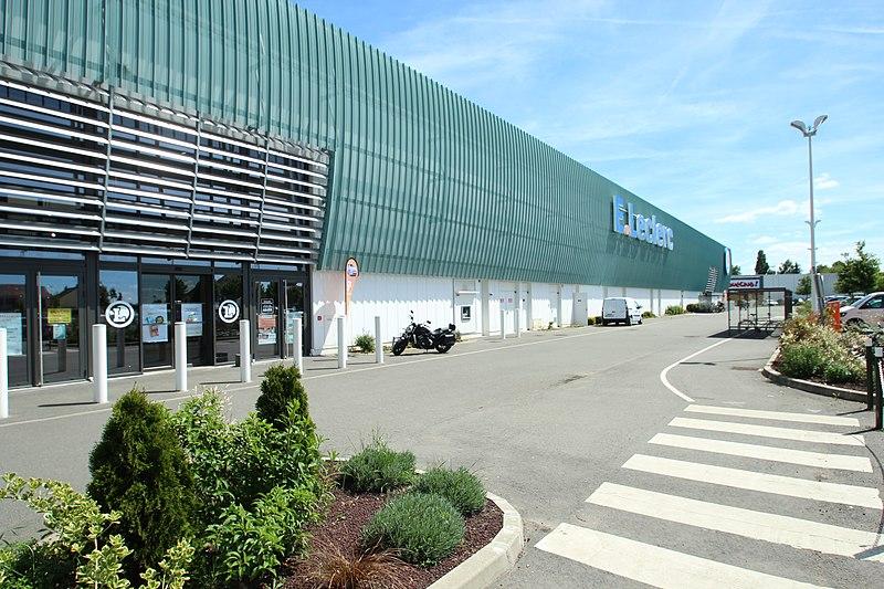Centre commercial - Rambouillet - Paris - France - SchoolMouv - Géographie - CM1