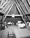 interieur zolder van dwarshuis, kapconstructie met driehoeksspanten - genderen - 20323039 - rce