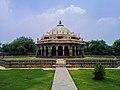 Isa Khan Niyazi's tomb in Delhi 2.jpg