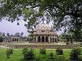 Isa Khan Niyazi's tomb in Delhi 4.jpg