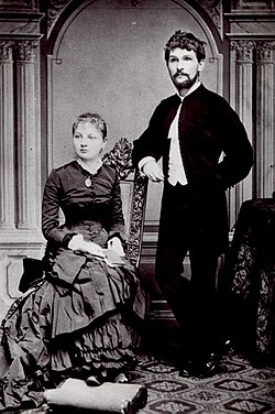Janacek with wife.jpg