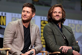 Supernatural (U.S. TV series) - Jensen Ackles (left) and Jared Padalecki (right) portray the series' main characters.