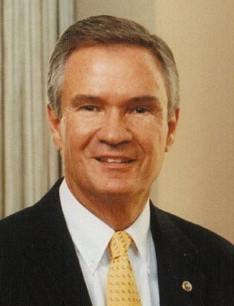 1998 United States Senate election in Louisiana - Image: John Breaux, official photo portrait, standing (cropped)