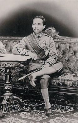 KING-CHULALONG-KORN.jpg