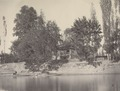 KITLV 100496 - Unknown - House on a river, presumably in Kashmir in British India - Around 1870.tif