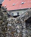 Kamienna Góra, fragment muru przy ul. Spacerowej DSC04205.jpg