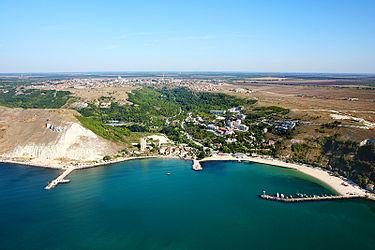 Каварна, Болгария, аэрофотоснимок Черного моря.jpg