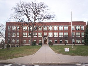Theodore Roosevelt High School (Kent, Ohio) - The first building to bear the name of Theodore Roosevelt now serves as Davey Elementary School.