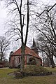 Kirche Hamburg-Bergstedt.Schillerlinde.ajb.jpg