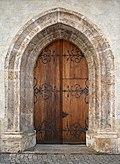 Kirchenportal in Hall.jpg