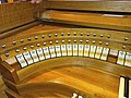 Knokke, Heilig Hart (Klais-Orgel, Spieltisch) (6).jpg
