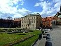Krakov, Stare Miasto, Wawel, budovy hradu.JPG