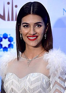 Kriti Sanon as the new brand ambassador of Gili 01.jpg
