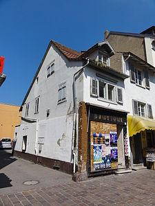 Lörrach — Teichstraße altes schmales Haus (2012).JPG