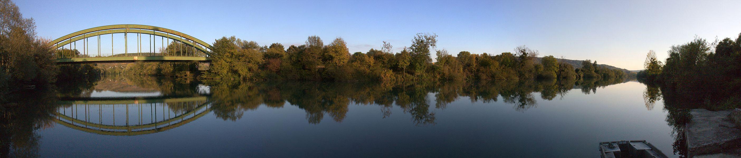 Ou encore: le niveau de la Marne à Jaulgonne...:)