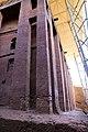 Lalibela, chiesa di bete medhane alem, esterno 16.jpg